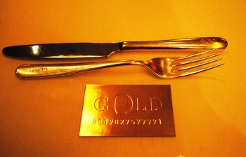 GOLD - DOLCE & GABBANA RESTAURANT IN MILAN