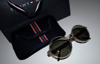 "MY TOMMY SUNGLASSES - ""SURF SHAKE"" COLLECTION"